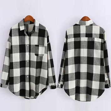 Long Sleeve Curved Hem Plaid Shirt