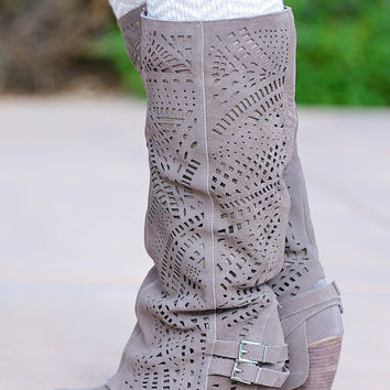 NAUGHTY MONKEY Fast Times Boots - Taupe