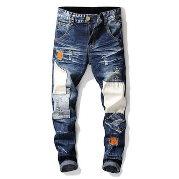 Strong Character Ripped Holes Jeans [3444983529565]