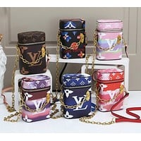 Louis Vuitton New Style Contrasting Color Long Strip Small Bucket Bag Fashion Ladies Handbags Shoulder Bag Messenger Bag