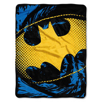 Batman - Ripped Shield  Micro Raschel Blanket (46in x 60in)