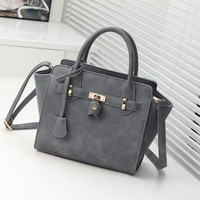 Ladies Shoulder Bag Simple Design Tote Bag [6582739143]