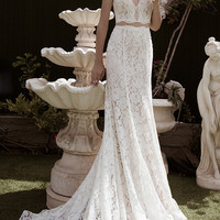 Fake Two Pieces Sheath Lace Bridal Gown Deep V-neck Sleeveless Sexy Backless Beading Vintage Wedding Dress NM 484