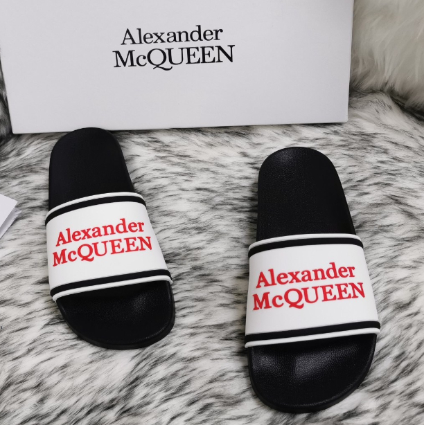 Image of Alexander McQueen 2020 classic pattern flat shoes and slippers
