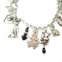Kitty Cat Shaped Charm Bracelet in Silver | Jewelry for Cat Lovers