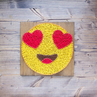 Modern Emoji String Art Wall Decor, yellow heart eye in love emoji decoration great gift for special somebody, valentines day gift
