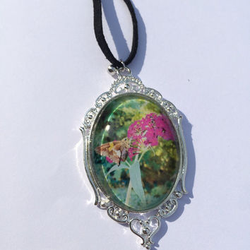 Gorgeous Butterfly Photo Pendant, Photo Necklace, Picture Pendant, Picture Necklace, Floral Necklace, Floral Pendant, Handmade Necklace
