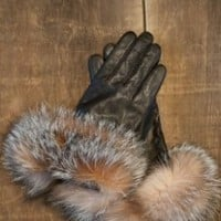 Women's Lambskin Leather Gloves with Fox Fur Trim