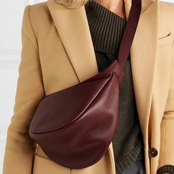 Woman New Wine Red Black Color Wide Single Strap Zipper Half Moon Pu Leather Chest Bag All Match