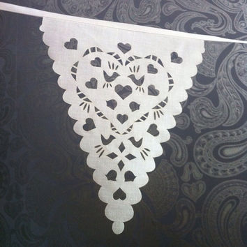 Wedding garland love birds in ivory, gorgeous romantic decoration