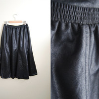 Faux Midi - Vintage 80s Faux Leather Shiny Flared Black Midi Skirt Fall Trend