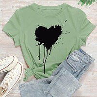 Fashion Casual Women's Heart Print Round Neck Tee