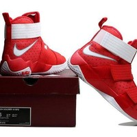 DCCKD9A Nike LeBron Soldier 10 X Red/White Sneaker