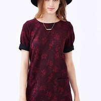 Cooperative Rose-Texture Knit Swing Dress- Maroon