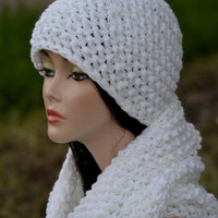 White Hat and Infinity Scarf set. Crochet hat and Scarf