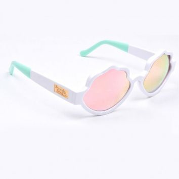 Eyewear - See Shells Seashell Frame Sunglasses in White Presale Bonus