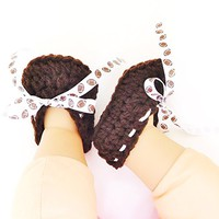 Crochet Baby Shoes, Brown with Football Ribbon Laces