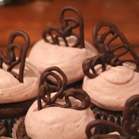 Chocolate Covered Raspberry Cupcakes - Free People Blog