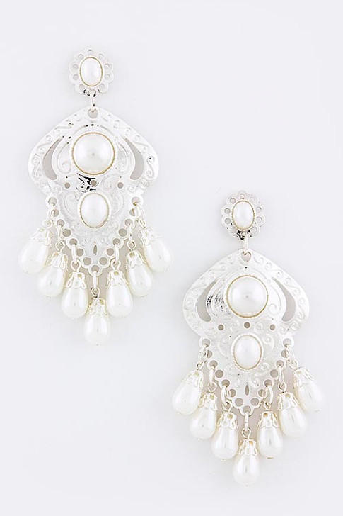Image of Silver Etched Dangle Pearl Earrings