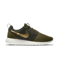 Nike Roshe One Print Women's Shoe Size 12 (Green)