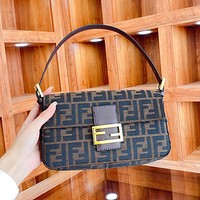 Fendi new ladies baguette bag casual retro single shoulder bag