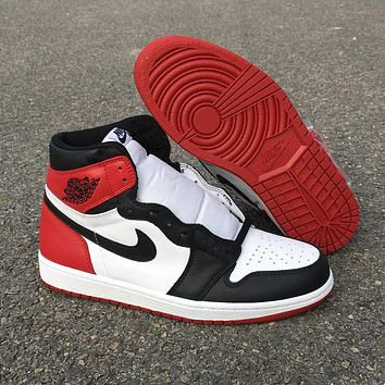Air Jordan 1 High Black Toe555088-125