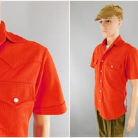 1970s Vintage / Red Western Shirt / Pearl Snap Buttons / Scalloped Shoulders / Double Knit Polyester / Fly Collar / Size M 40 / Short Sleeve