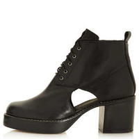 ANDROMEDA Lace Up Boots