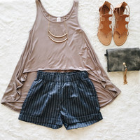 An Asymmetrical Tank in Mocha