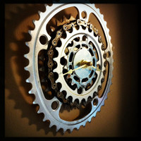 Wall Clock made from Recycled Bike Gears and Chain / Bicycle Gear Chainring Clock / Bike Gear Clock / Upcycled Bike Gear Clock / Bike Themed