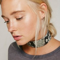 Chokers Necklaces Vintage Hyperbole Imitation Snake skin Necklaces