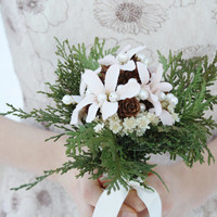Rustic bridal bouquet winter Wedding bouquet, white flowers natural bouquet cedar pinecone Woodland bouquet silk flowers bouquet ELVES