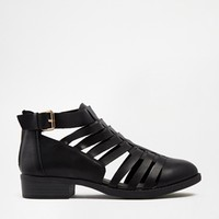 New Look Wide Fit Lattice Gladiator Flat Shoes