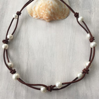 Freshwater pearl necklace, pearls, leather and pearls, pearls on leather