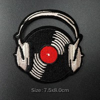 Record Music Size:7.5x8.0cm Iron On Patches Sew Embroidered Applique Fabric Patch for Jacket Badge Patches Clothes Stickers