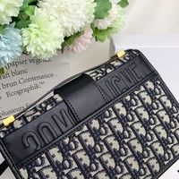 Kuyou Gb99822 Dior Montaigne Flap Bag In Dior Oblique Canvas With Cd Clasp  24*17*8cm