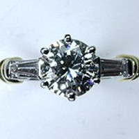 1.39ct Internally Flawless Round Diamond Engagement Ring GIA certified