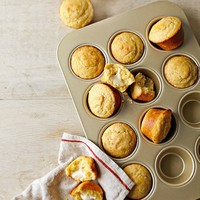 Williams-Sonoma Goldtouch® Nonstick Muffin Pan, 12-Well