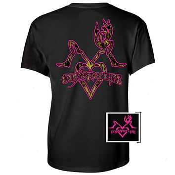 Country Life Outfitters Black & Pink Deer Kiss Heart Love Hunt Vintage Bright T Shirt