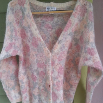 Vintage 80s Soft Floral Print Mohair Fuzzy Cardigan Sweater SIze L Made in Italy