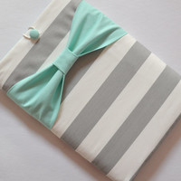 Macbook Pro 13 / Macbook Air Case , Laptop Sleeve - Grey and White Stripe with Mint Bow