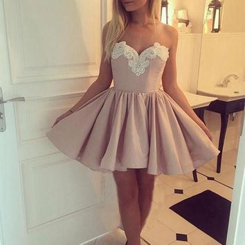 Pink Satin strapless Pearls Embroidery Homecoming Dresses