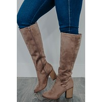 Going For It Boots: Taupe