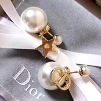 Dior new wild personality pearl stud earrings