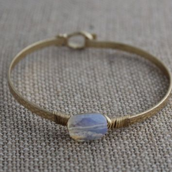 Dainty Stone Gold Bangle Bracelet-Iridescent