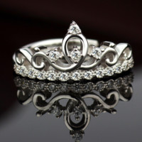 Crystal Bling Bling Rhinestones Silver Crown Ring + Gift Box