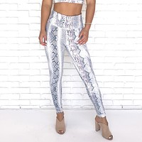 Chic Snakeskin High Waist Yoga Pants