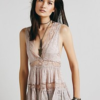Intimately Womens Deep V Lace Trapeze Cami