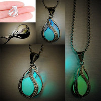 Fashion Couple The Little Mermaid's Teardrop Glow in Dark Pendant Glowing Necklace Neck Chain Jewelry = 1930180676