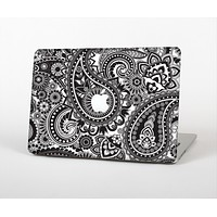 The Black and White Paisley Pattern V6 Skin Set for the Apple MacBook Air 13""